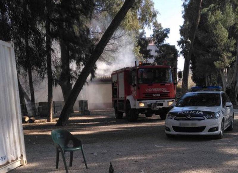 Incendio-en-el-Parque-Municipal-01