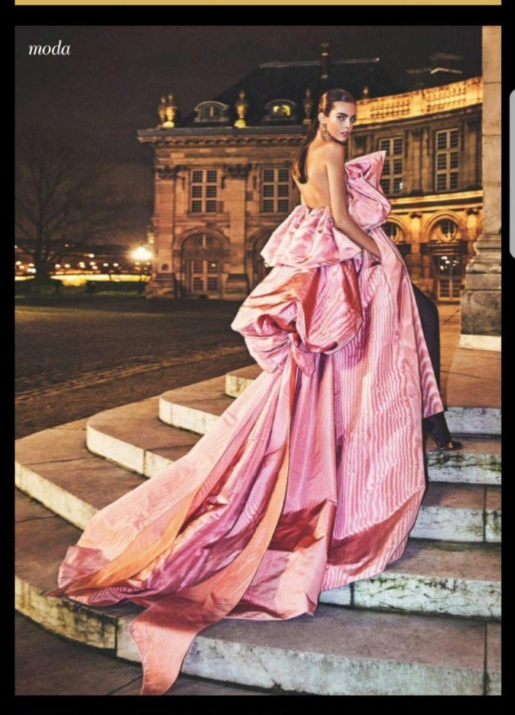 La moda de alta costura se rinde a los pies de la joven abaranera Carmen Celli
