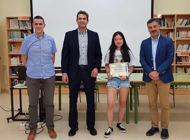 Shuman Feng Su, fue la última en recoger su diploma