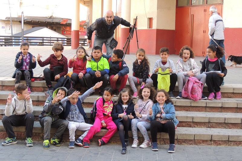 En la imagen, el profesor Jesús Caballero con el resto de alumnos participantes en este proyecto