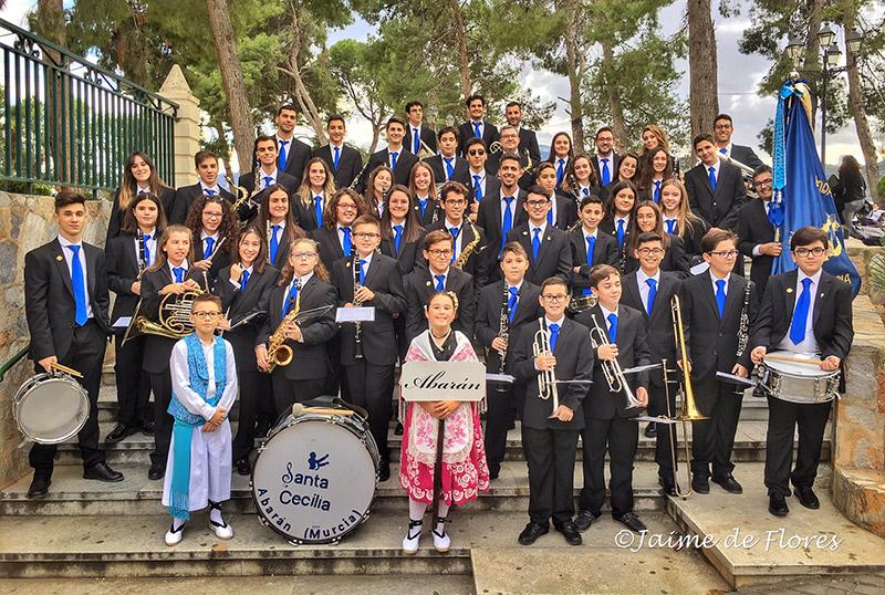 La-banda-de-la-Agrupación-Musical-Santa-Cecilia-estrenó-nuevos-uniformes