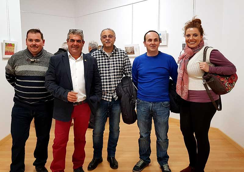 """Antonio Moreno Saorín """"El Cura, junto a un grupo de fotógrafos llegados desde Jumilla"""