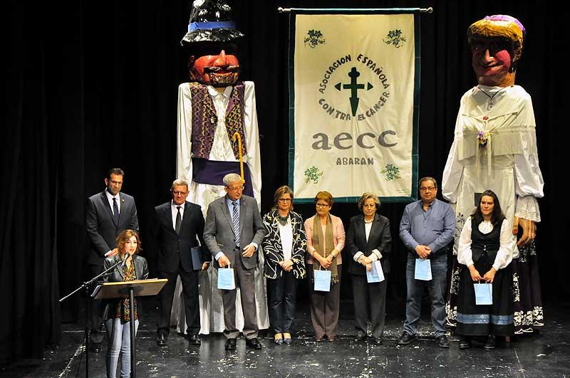 Los galardonados en estas Jornadas, junto al alcalde de Abarán.