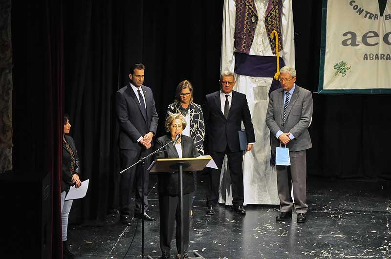 Amparo Martínez Ruíz, presidenta de la Asociación de Pintura Gamha, durante su discurso.