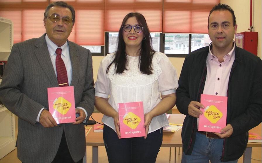 Noemí-Quesada-presenta-su-libro-'Mon-petite-mon'-en-Abarán