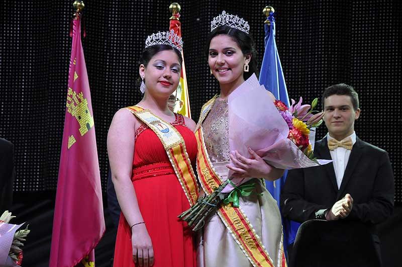 Lidia García López (derecha) Reina de la Simpatía y Zaida Moreno López (izquierda), Reina de las Fiestas 2019.